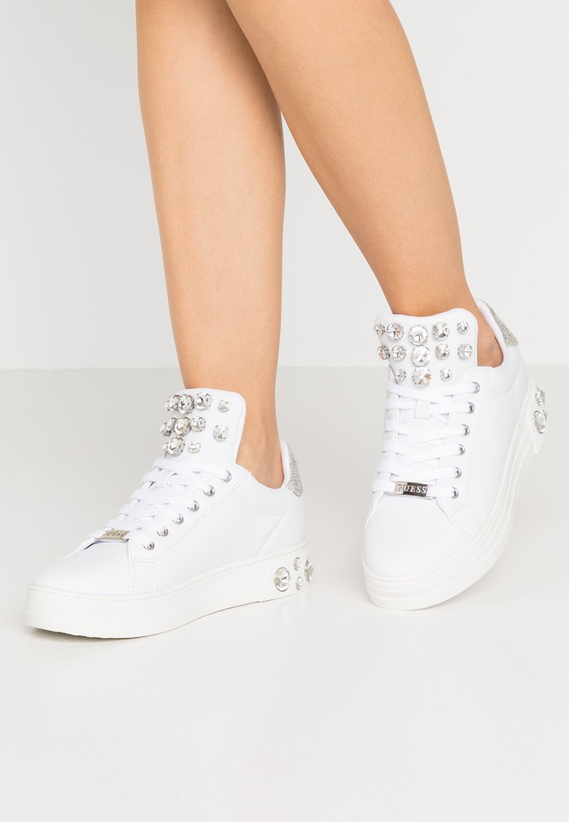 Guess - MAREY - Trainers - white