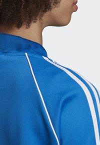 adidas Originals - SST TRACK TOP - Bombejakke - blue - 4