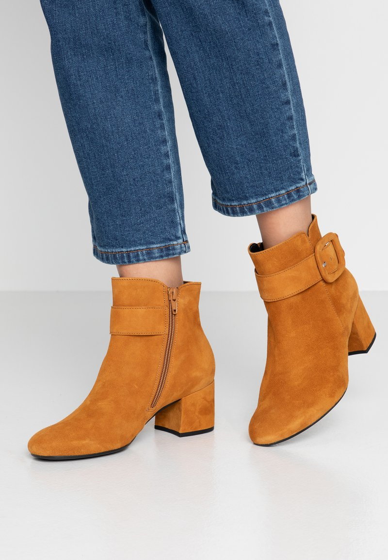 Gabor - Ankle boot - curry