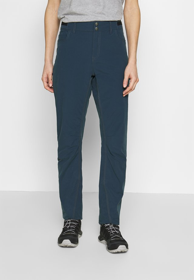 SVALBARD LIGHT PANTS - Kangashousut - indigo night