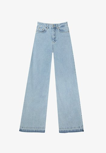 Jeansy Bootcut