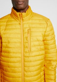 Esprit - THINSULATE - Light jacket - dusty yellow - 4