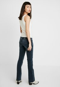 LTB - VALERIE - Jeans Bootcut - wash - 2