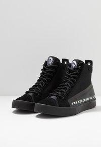 Diesel - S-DVELOWS MID - Sneakers high - black - 2