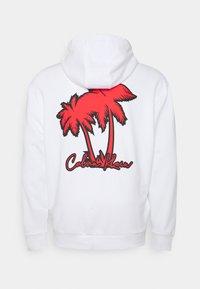 Calvin Klein - SUMMER GRAPHIC PRINT HOODIE - Hoodie - white - 1