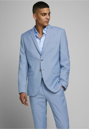 Colbert - airy blue
