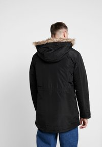 Only & Sons - ONSERIC HOOD PARKA  - Parka - black - 2