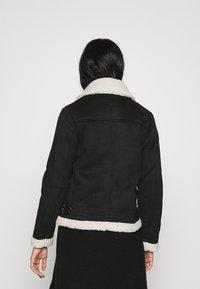 ONLY - ONLDIANA BONDED AVIATOR JACKET - Faux leather jacket - black/white - 2