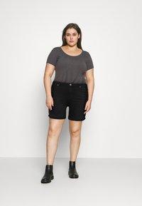 ONLY Carmakoma - CARLAOLA LIFE - Denim shorts - black - 1