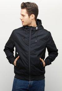 Mazine - CAMPUS - Light jacket - black - 0
