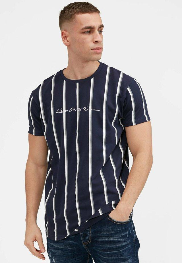 MOFFAT - T-shirt con stampa - navy/grey