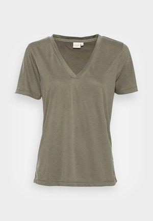 Basic T-shirt - sea turtle