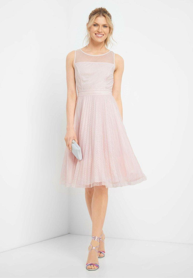 Orsay Ballkleid Pfingstrose Pink Zalando De