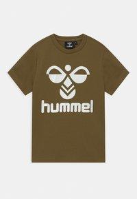 Hummel - 2 PACK UNISEX - T-shirts print - olive/pumpkin spice - 2