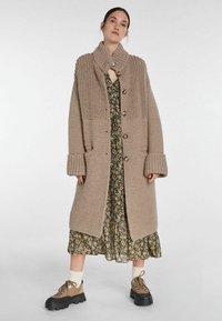 SET - Classic coat - taupe - 1
