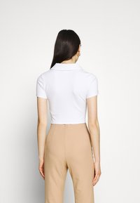 Glamorous - GLAMOROUS CARE CROP - Basic T-shirt - white - 2