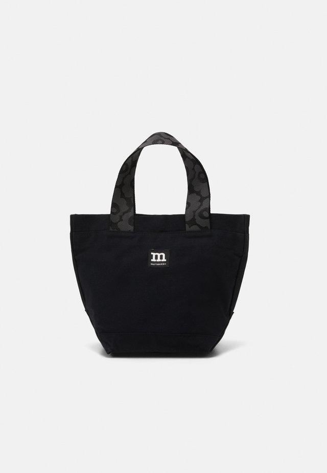 PIKKUINEN AARNI BAG - Handtas - black