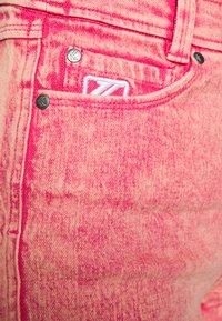Karl Kani - RETRO - Shorts di jeans - purple - 5