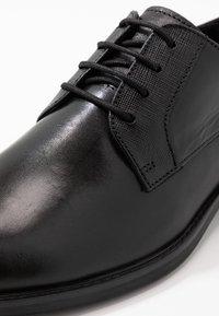Office - MARKER GIBSON - Business sko - black - 5