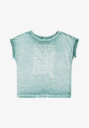 SUMMERTIMEHAPIN - Print T-shirt - green