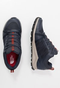 The North Face - Trainers - urban navy/picante red - 1
