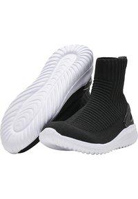 Hummel - High-top trainers - black - 1