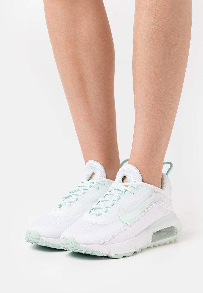 Nike Sportswear - AIR MAX 2090 - Sneakers - white/lightt dew/barely green/metallic silver/white