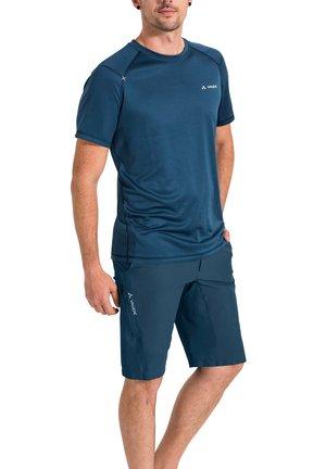 Sports shorts - baltic sea