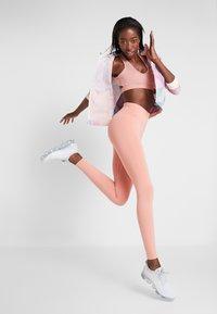 Nike Performance - RUN  - Tights - pink quartz/metallic silver - 1