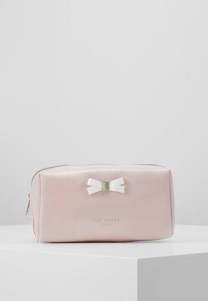 EULALI - Trousse - dusky pink