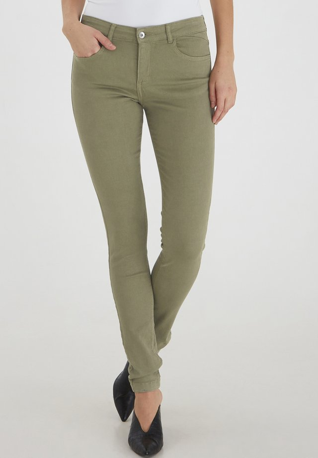 LOLA LUNI  - Jeans slim fit - oil green