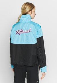 Nike Performance - NBA MIAMI HEAT CITY EDITION WOMENS SNAP JACKET - Training jacket - blue gale /black /laser fuchsia - 2