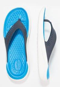 Crocs - LITERIDE FLIP - Pool shoes - navy/white - 1