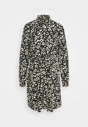 PCDALLAH DRESS - Shirt dress - black/white