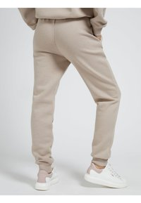 Guess - Tracksuit bottoms - beige - 2