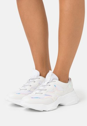 GRAM - Trainers - white