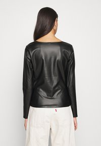 Nly by Nelly - V FRONT - Blouse - black - 2