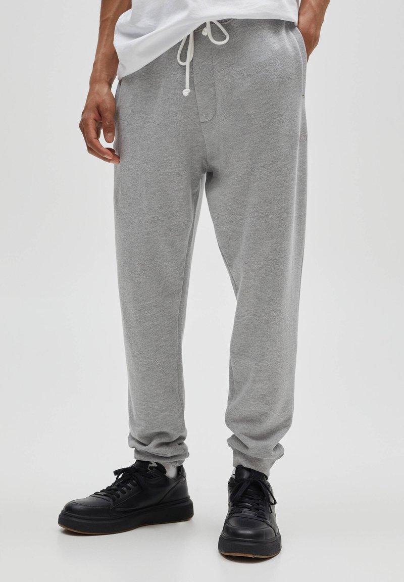 PULL&BEAR - Verryttelyhousut - grey