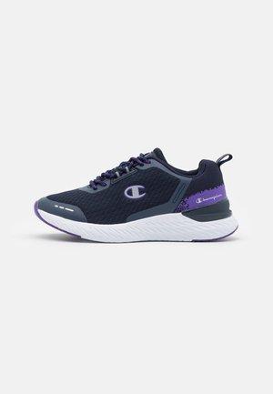 LOW CUT SHOE BOLD XS - Obuwie treningowe - navy/violet