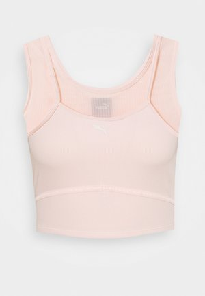 STUDIO LAYERED CROP  - Top - cloud pink