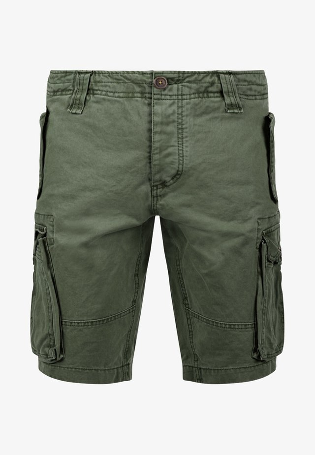 POMBAL - Shorts - ivy green
