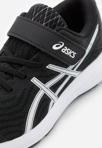 ASICS - PATRIOT 12 UNISEX - Neutral running shoes - black/white - 5