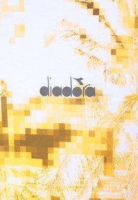 Diadora - Camiseta estampada - optical white - 2