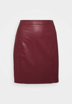 VMNORARIO SHORT COATED SKIRT - Mini skirt - cabernet