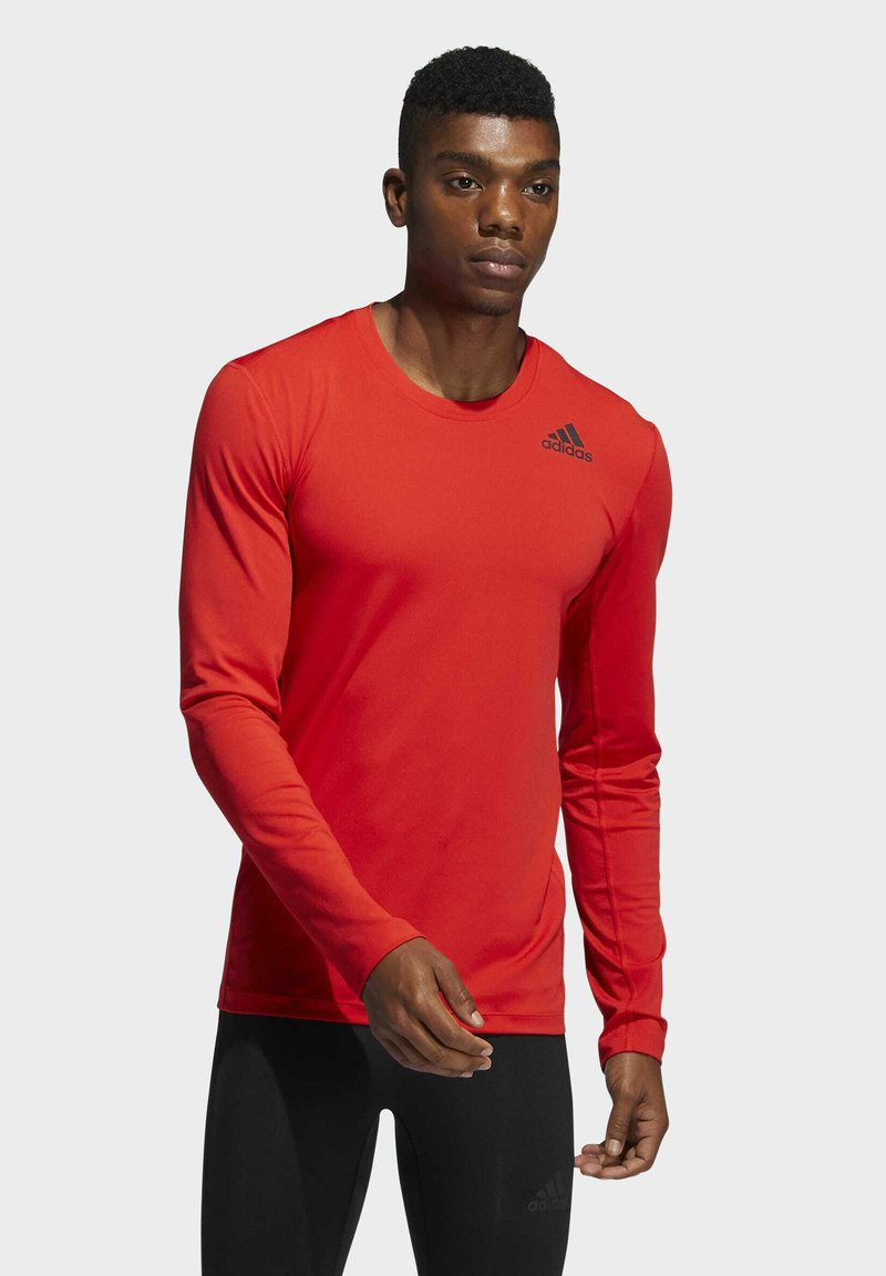 adidas Performance - TECHFIT COMPRESSION LONG-SLEEVE TOP - T-shirt à manches longues - red