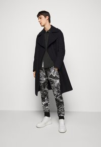 Paul Smith - GENTS JOGGER - Tracksuit bottoms - black - 1
