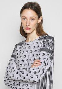 CECILIE copenhagen - DRESS YIN - Vapaa-ajan mekko - black - 3