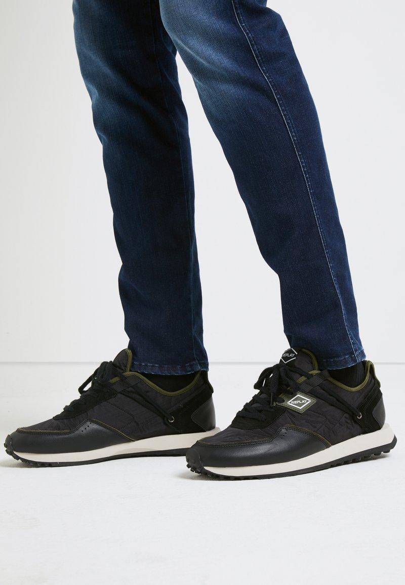 Replay - DRUM PRO GROUND - Zapatillas - black/green