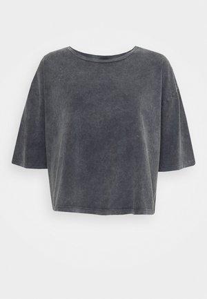 VMFOREVER CROP - T-shirts - black