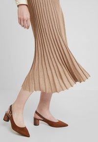Derhy - OAKLAND - A-line skirt - beige - 5